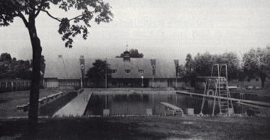 Waldhofbad 1937 - Gerhard Bombös